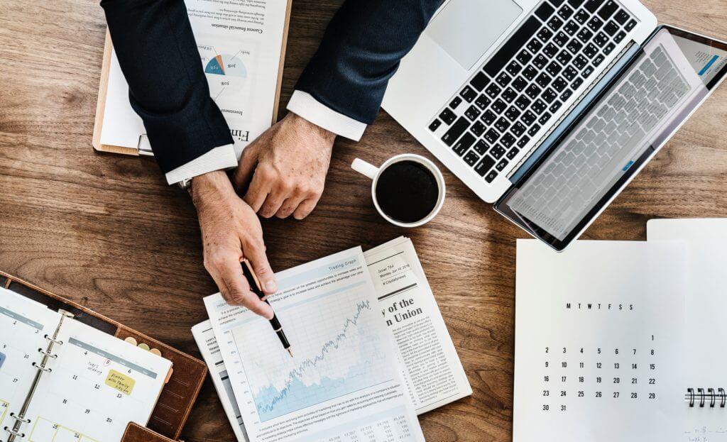 Analyser virksomheder med fundamental analyse